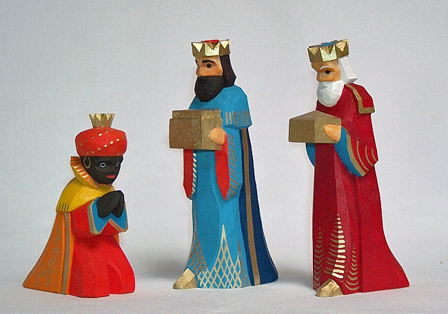 Sievers-Hahn Krippenfiguren Set mit den Heiligen Drei Königen,  3teilig, Caspar mit orangefarbigem Mantel. Melchior und Balthasar