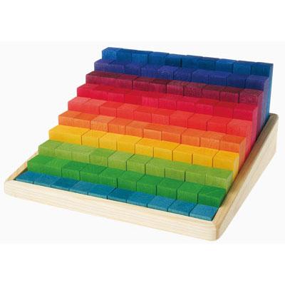 GRIMMS Kleine Stufenzählstäbe, Lindenholz, in den Farben des Regenbogens lasiert, 100 Teile, ab 5 Jahren
