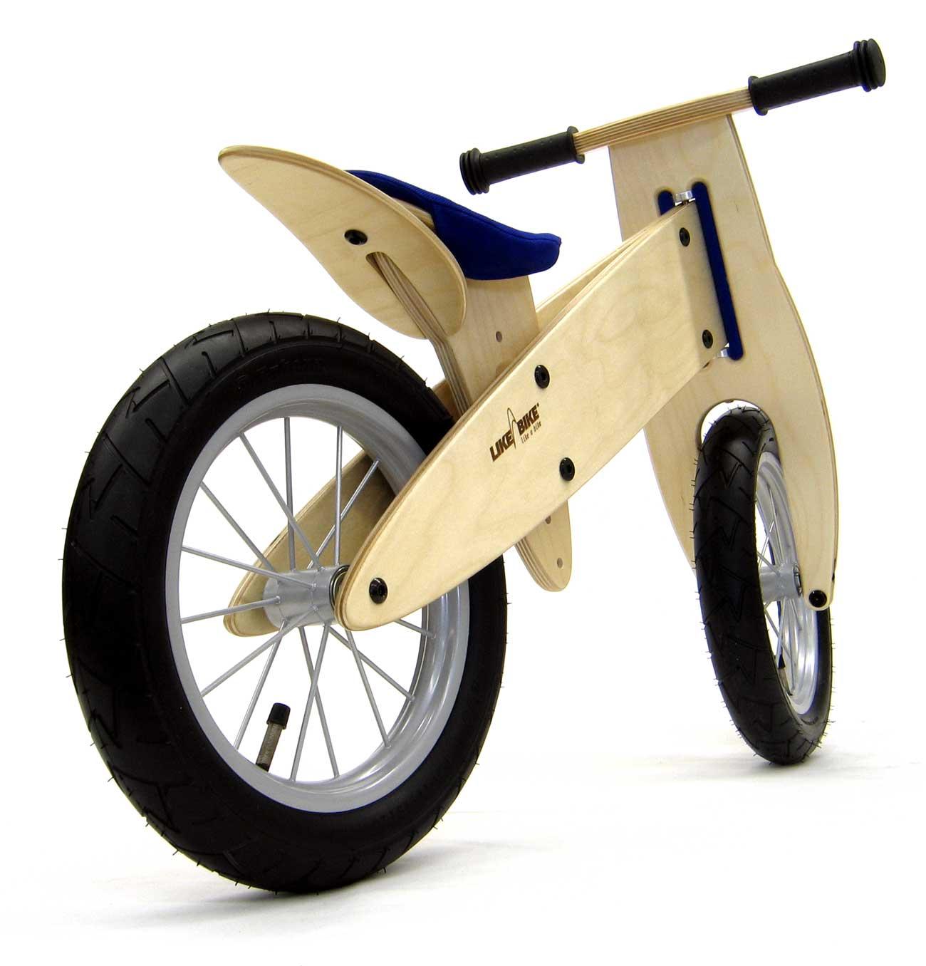 Kokua LIKEaBIKE spoky, leichtes Laufrad  mit blauem Sattel