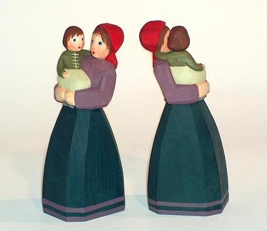 Sievers-Hahn Krippenfigur Mutter mit Kind auf dem Arm, 10,5 cm, Art.1119